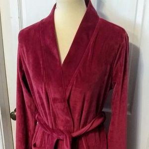 Gillian&O'Malley Burgundy full length Robe xs